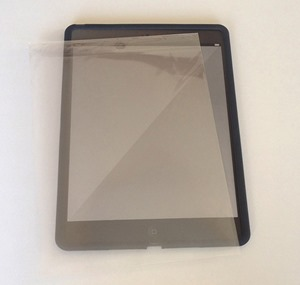 05_ipad_air2_elecom_silicon_case_on_film