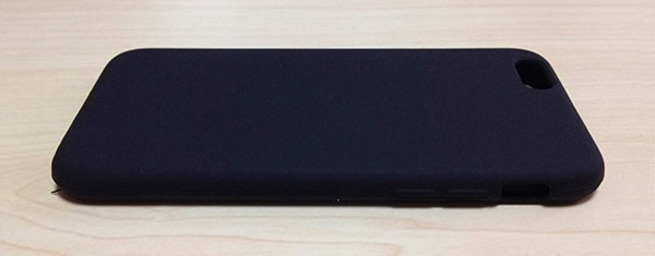 3-ibuffalo-silicone-case-BSIP15CSBK