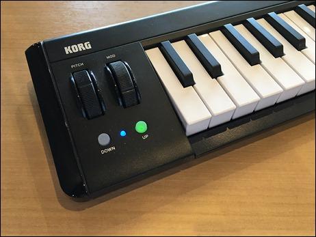 4-ipad-korg-microkey-air-midi-keybord-side