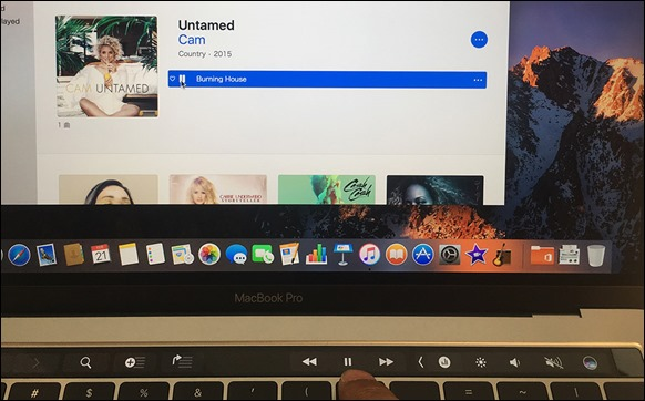 8-macbookpro-touchbar-music-play