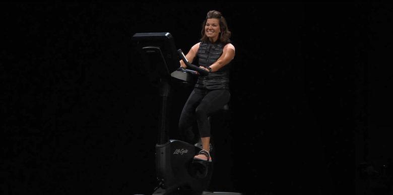 1-wwdc201806-applewatch-fitness
