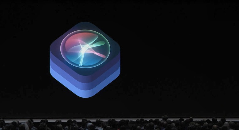 1-wwdc201806-apple-event-siri