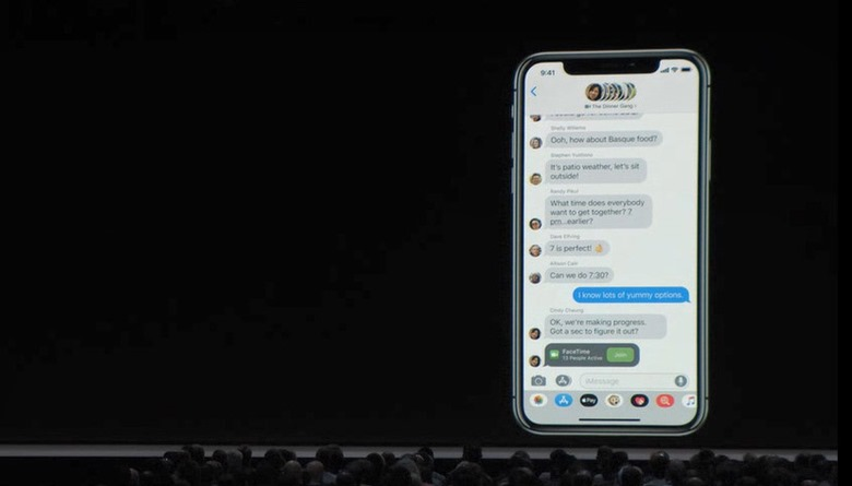 3-wwdc201806-apple-event-facetime