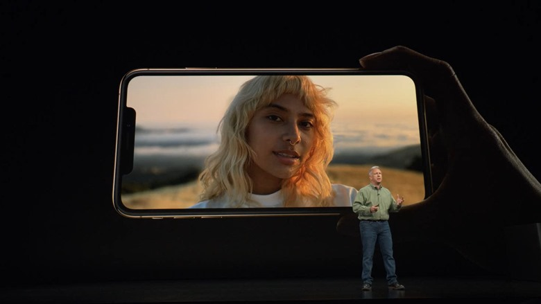 02-iphone-xs-max