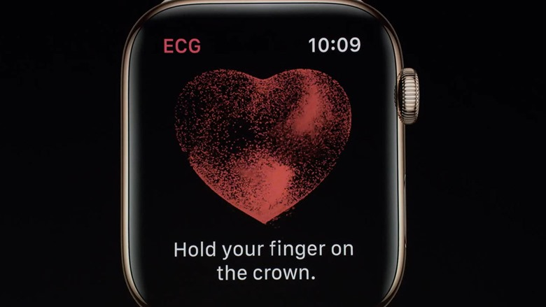23-applewatch4-electrocardiogram