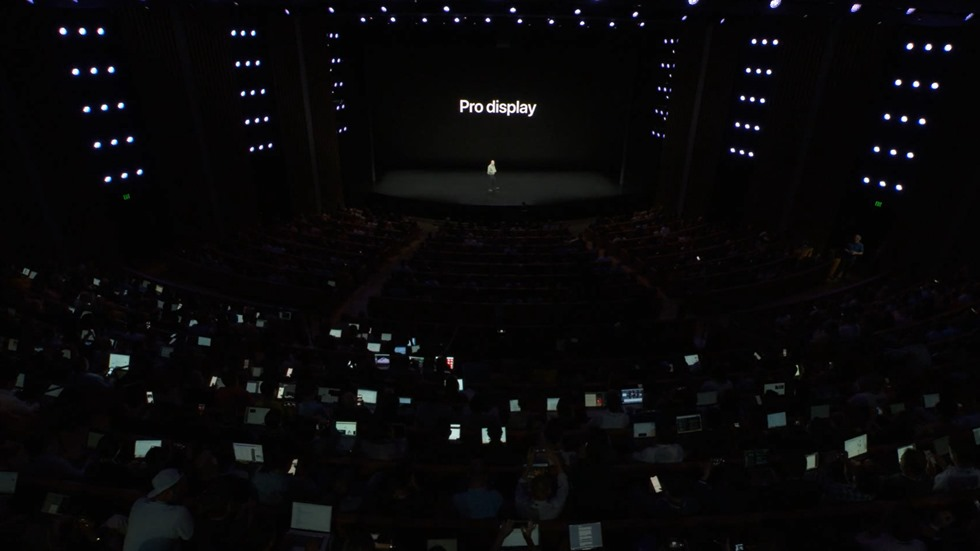 11-appleevent-2019-9-11-iphone11-pro-pro-display