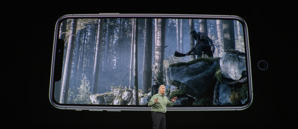15-appleevent-2019-9-11-iphone11-pro-game