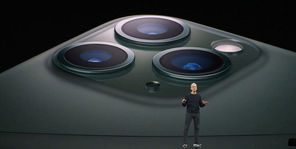 7-appleevent-2019-9-11-iphone11-pro-camera-lens
