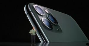 9-appleevent-2019-9-11-iphone11-pro-camera-lens.jpg