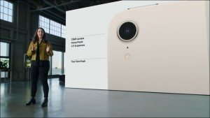 13-apple-2021-ipad-mini6-camera_thumb.jpg