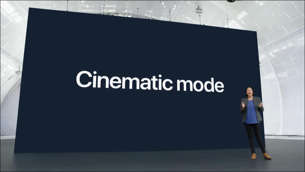 38-apple-iphone13-cinematic-mode
