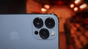 61-apple-iphone13-pro-video.jpg